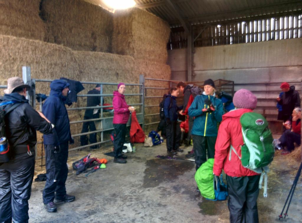 Another pic from today's walk - our luxurious location for lunch #tuosbigwalk http://t.co/7q4fGDx1yn