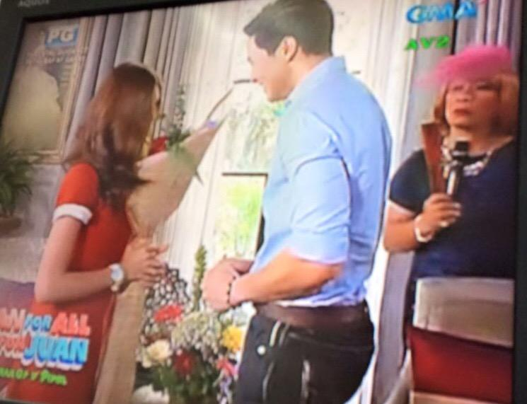 And they finally met. Goodbye split screen! #ALDubEBforLOVE http://t.co/86Hqn3q8f3