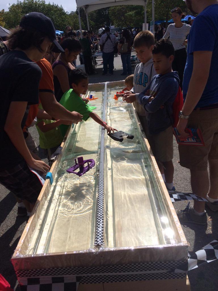 3-D printed boat challenges! @makerfaire http://t.co/iokD935P3e http://t.co/tmOS2vWgYZ