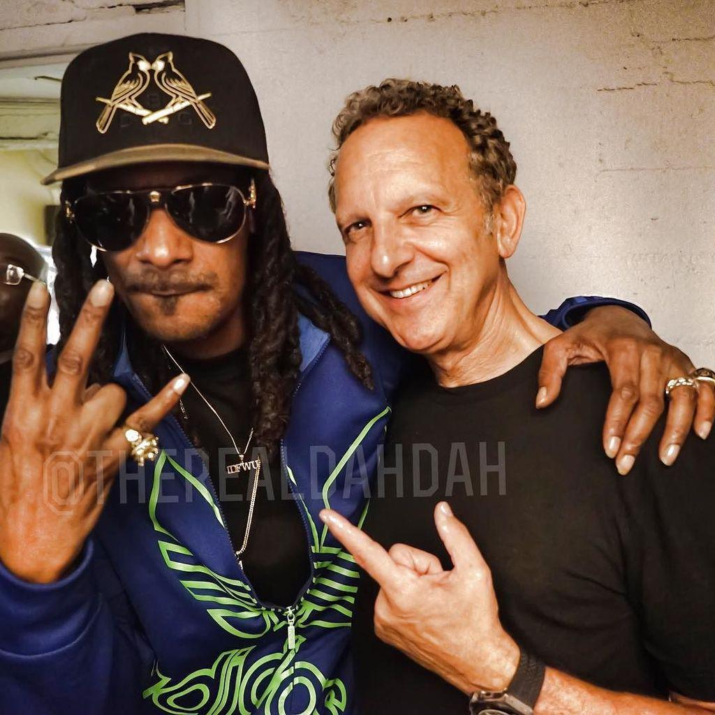 The only 2. Ceo. Of priority records.  Brian turner and snoop dogg. ✨????✌????️???? http://t.co/ycto5OEWB4 http://t.co/2EukBi66Uk