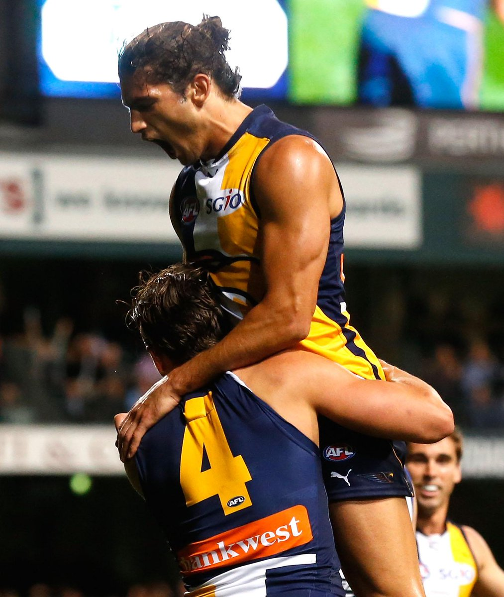 PACK YOUR BAGS, WE'RE GOING TO THE 'G!!!!!   #goeagles #AFLFinals http://t.co/59Dr0X7Kkf