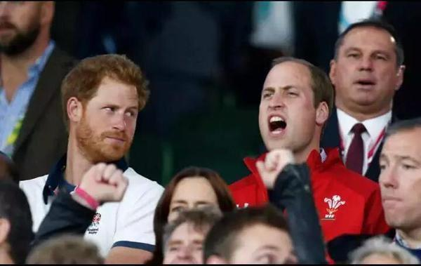 Got to love sibling rivalry at the last minute. Come on WALES! #ENGvWAL #RWC2015 http://t.co/xr9OpXkyRU