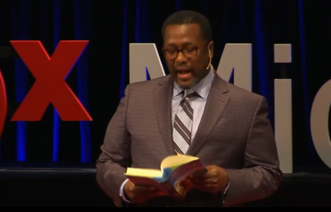 With art we can declare our values and make them real — @WendellPierce #TEDxMid http://t.co/mvNFXvBz0A