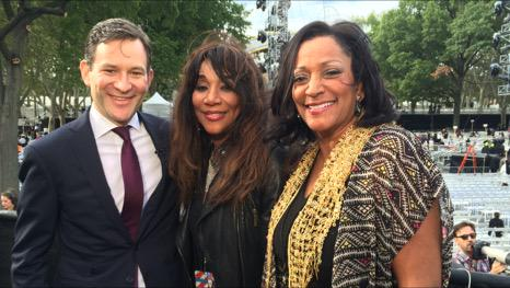 """This is 2/3rds of Sister Sledge. They will sing """"We are Family"""" for 1 million people tonight. Oh, and also the Pope. http://t.co/fWzmCNJjKO"""