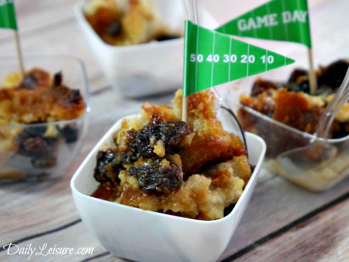 This bread pudding made by @DailyLeisures is one for the #GameDay books. http://t.co/4QOEez3Zno http://t.co/bsaauClMq7