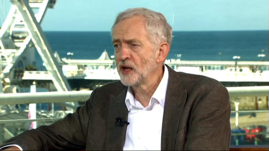 Andrew #Marr asking cliché BBC plonker questions and #JeremyCorbyn giving measured intelligent responses. #marrshow http://t.co/kwUApMteZ0