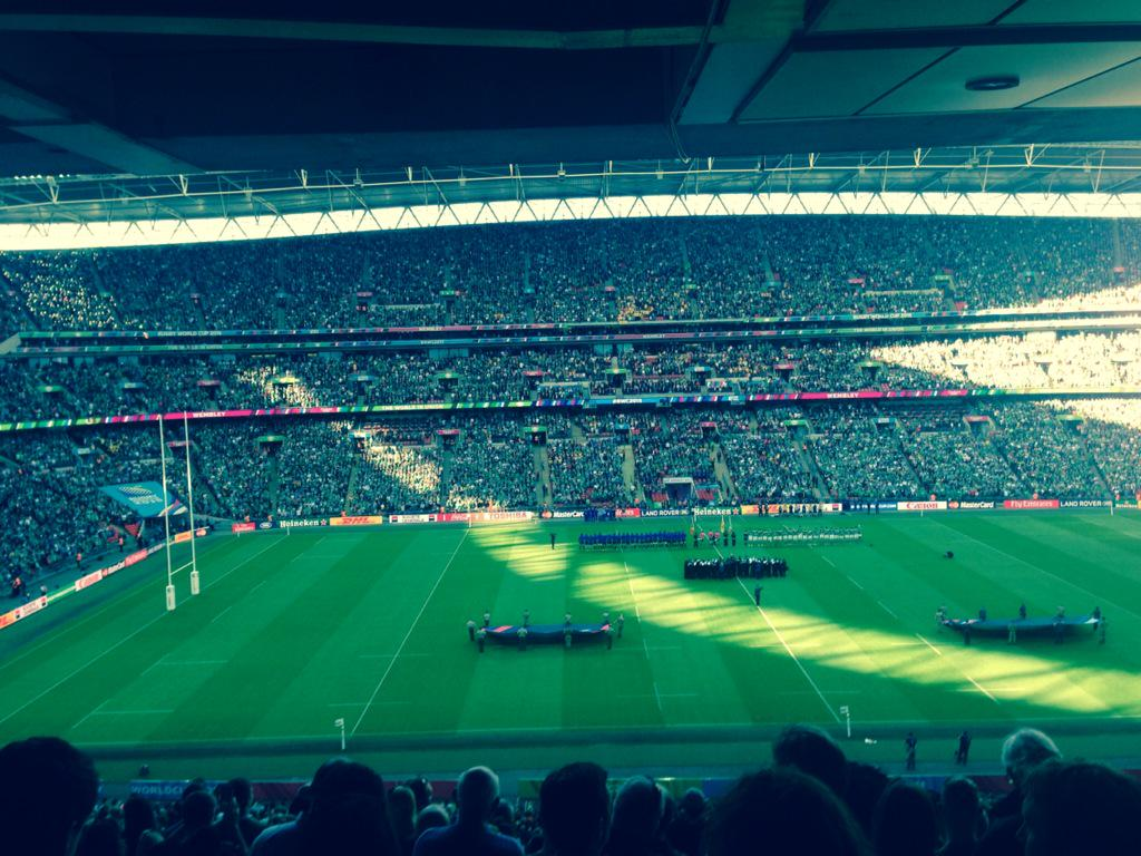 Ireland fans turning Wembley green. Could be another #RWC15 record in terms of attendance @bbc5live http://t.co/NjtXe2nRIm