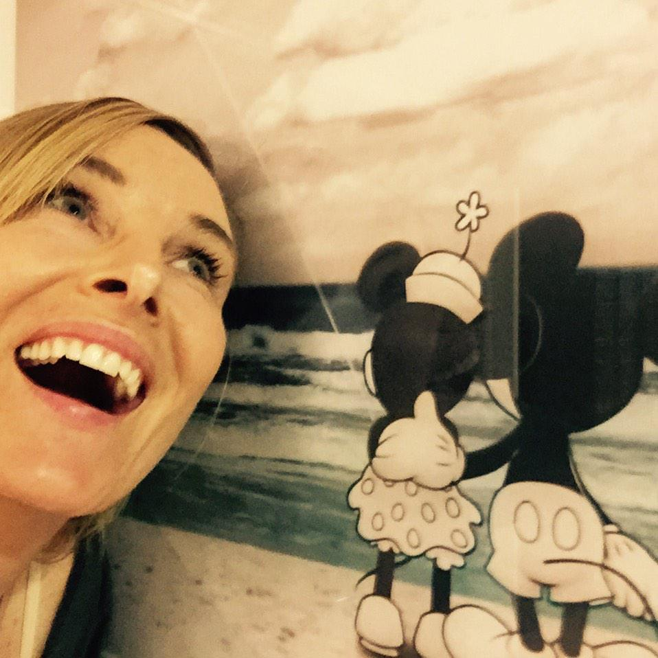 At Disney World with Mickey & Minnie, come see more fun pics on insta! @Chynna_Phillips, big W/P show tomorrow! RT!! http://t.co/OarFD0CI0P
