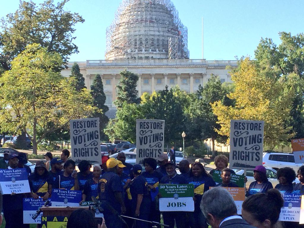 Prior to the rally beginning, @NAACP activists gather in front of the Capital after marching from Selma, AL to DC. http://t.co/TH7IIfleUE