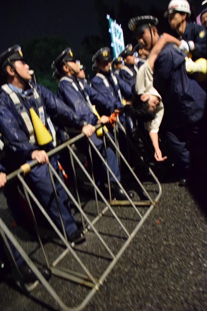 逮捕者が続出でしてん。 http://t.co/p2dfxzfatc