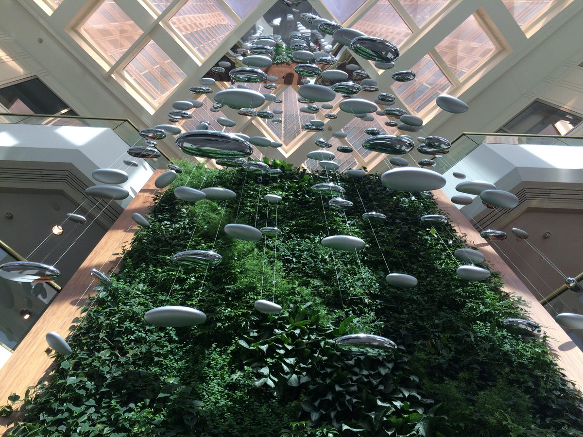 Great living wall @Westin #Pittsburgh hotel lobby greeting our #LP15 Expo attendees http://t.co/0S238gcgoW
