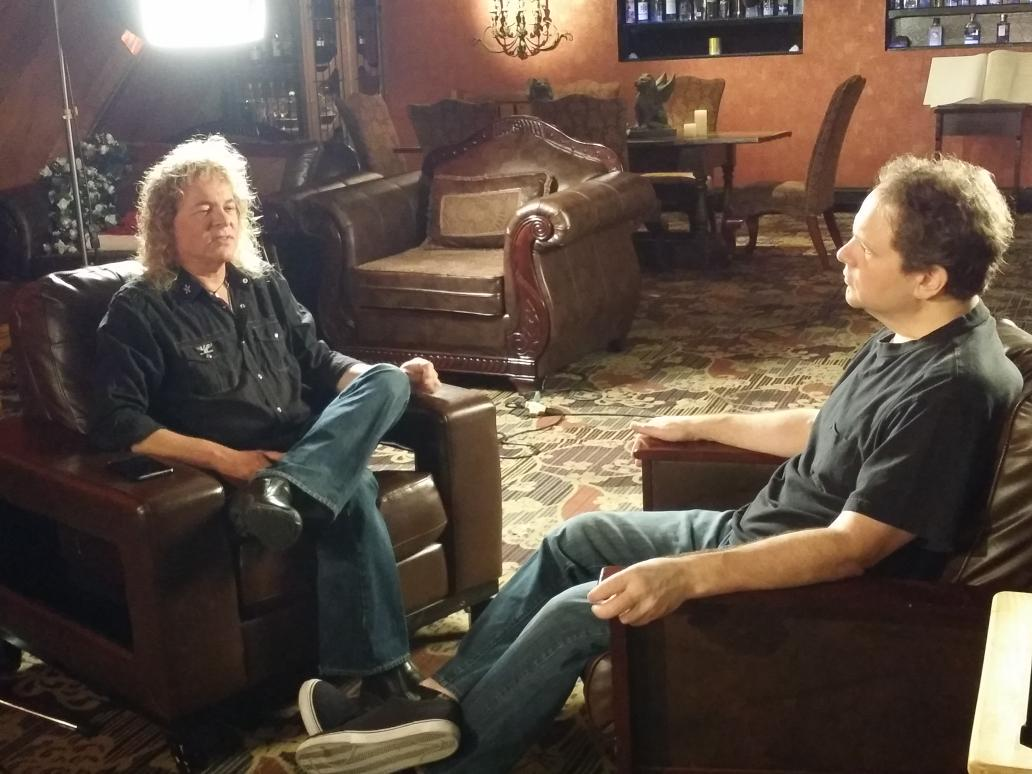 On the set of the Y&T documentary with @EddieTrunk & Dave Meniketti. http://t.co/TI5JHsWDmL