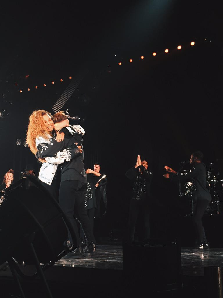 Still overwhelmed with emotion from last night. What a show. I love you Toronto. I love you @JanetJackson. ❤ #JTribe http://t.co/SqmeW3HnfX