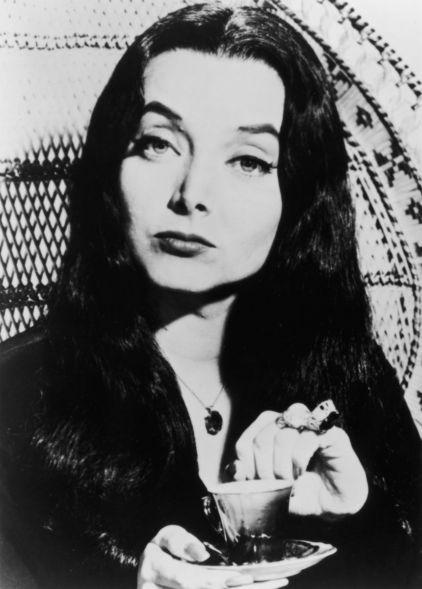 #cnndebate how many people thought Morticia when #christi said Addams Family undervalued in this country http://t.co/93YiES7RmP