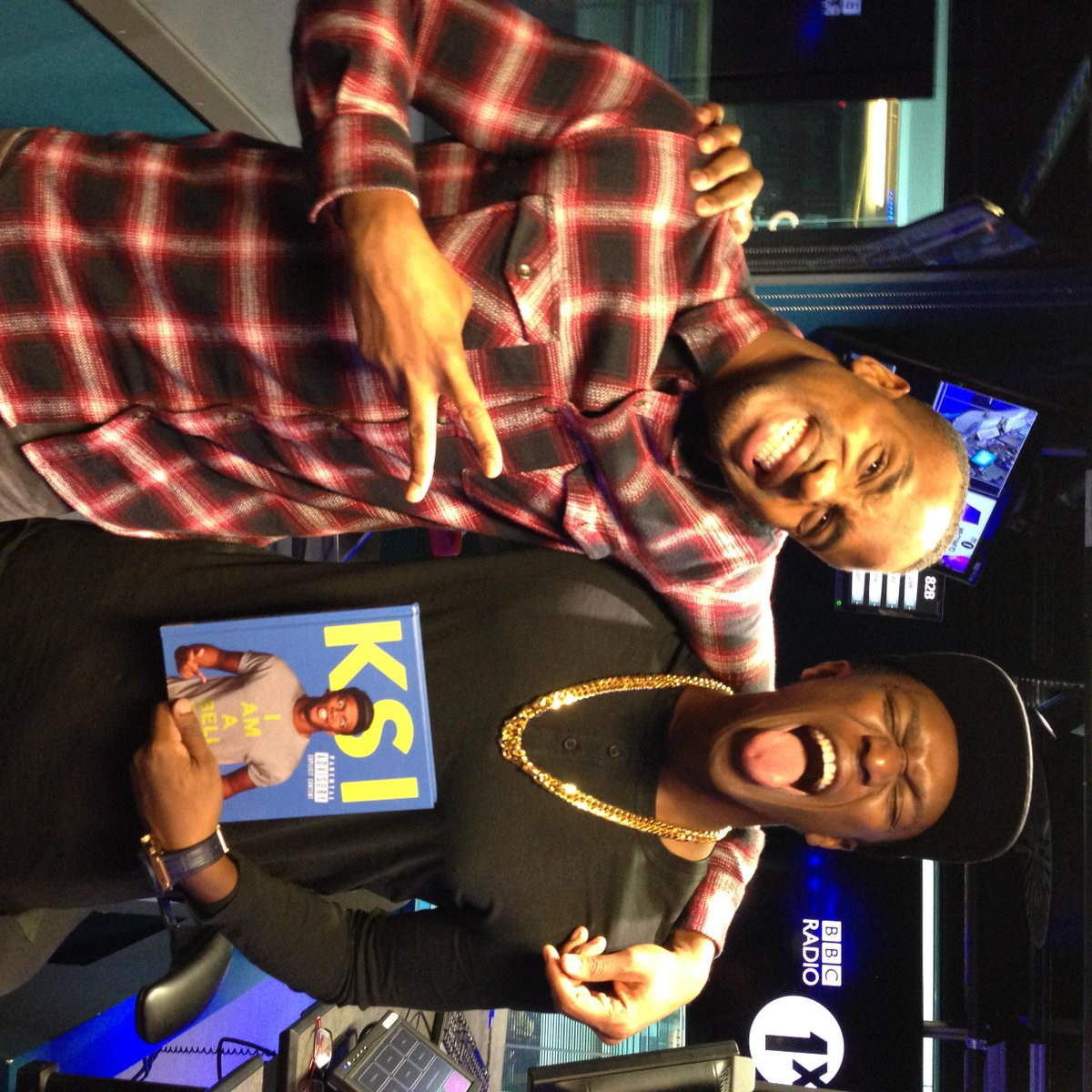 Watch my chat with @KSIOlajidebt who thinks schools should teach 'YouTube' lessons - http://t.co/cP9zdxFMX3 http://t.co/RDGPtxR0FY
