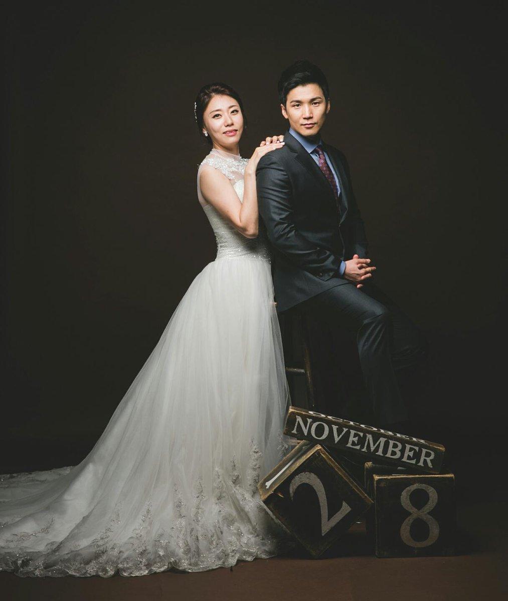 처음으로 글을 씁니다. 평생 제 짝을 찾았습니다. 그래서 11월 28일 결혼합니다. 지인분들 찾아뵙고 인사드리겠습니다. http://t.co/sGh8iFENsp