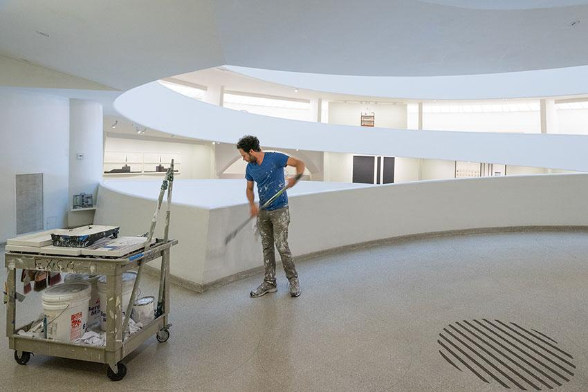 Super interesting behind-the-scenes stuff: How the @Guggenheim Keeps Its Galleries Immaculate http://t.co/5DrAihXAQM http://t.co/9hsmOeENY3