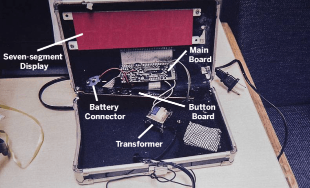 For those curious: This Is Ahmed Mohamed's Clock http://t.co/yoo43Cle1p via @make #IStandWithAhmed http://t.co/1UX6xOTKPM