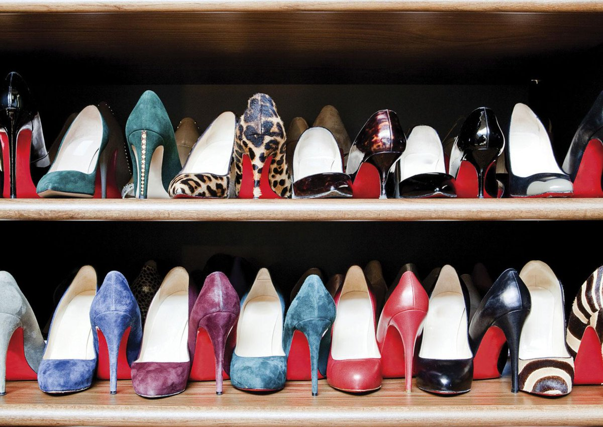 como arrumar sapatos e bolsas de acordo com o m todo marie kondo. Black Bedroom Furniture Sets. Home Design Ideas