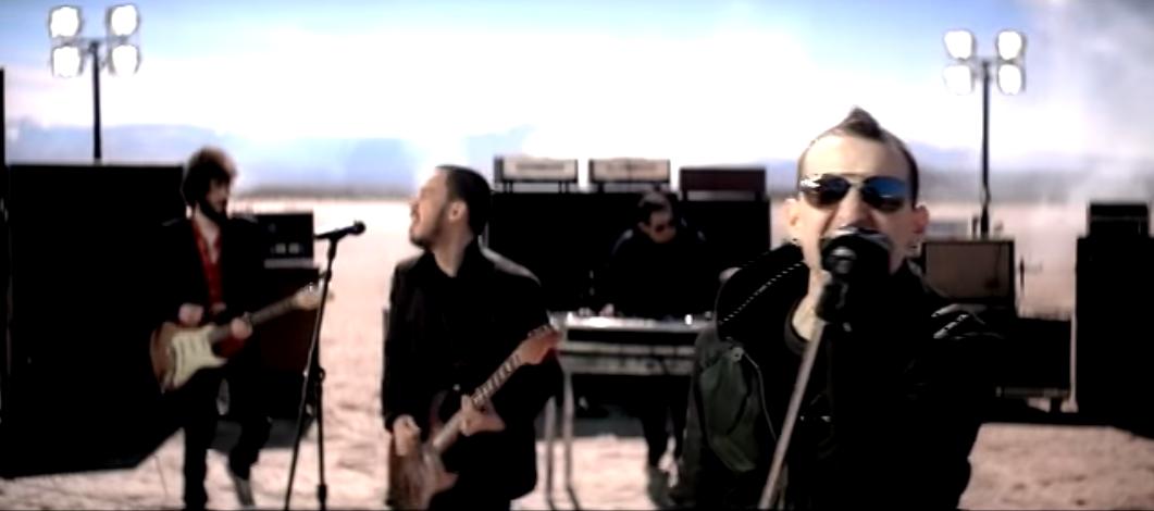 test ツイッターメディア - LINKIN PARK/リンキンパーク 『What I've Done』  映画「トランスフォーマー」の主題歌に使用された曲。PVは砂漠の中でのバンド演奏。カリフォルニア‥ https://t.co/4sg82OnPs4 … https://t.co/Xj5eUigJU7