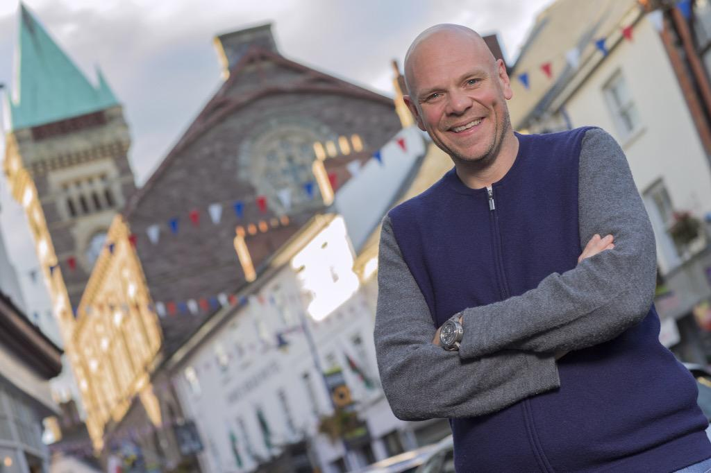 Look who's in #Abergavenny @cheftomkerridge #aff15 http://t.co/8AgOlTmqZR http://t.co/4dIxnttlGM