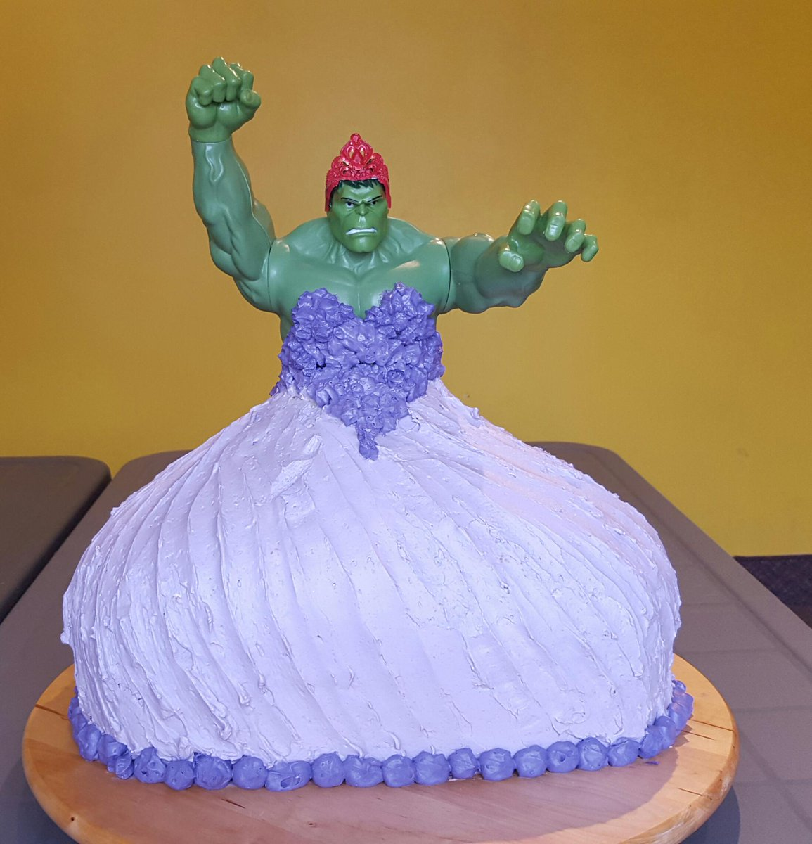 Twin 4yearold girls asked for a hulkprincess birthday cake and