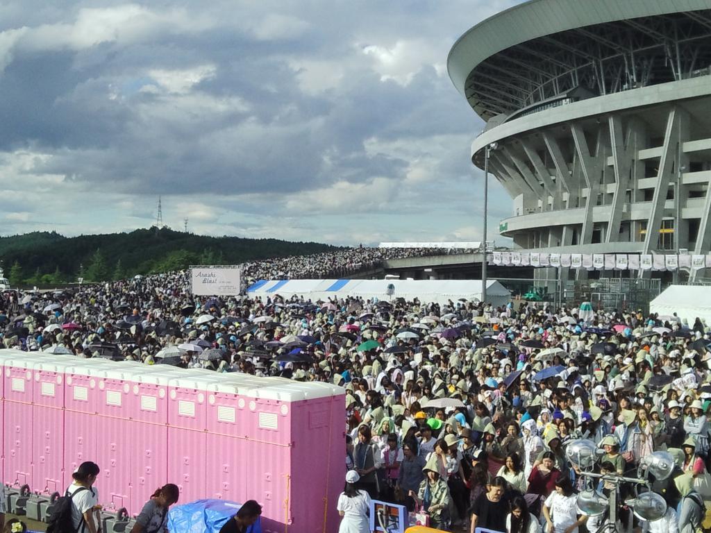 http://twitter.com/amikan_kan/status/645116756990648321/photo/1
