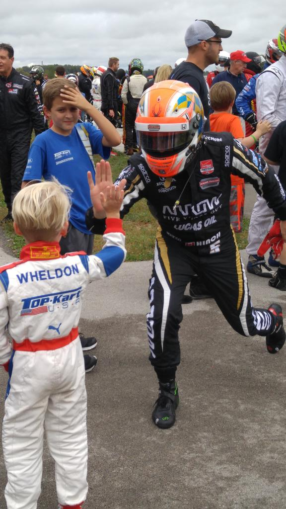 .@Hinchtown high fiving Sebastian Wheldon after a successful pace for the field in practice! #DWProAm http://t.co/Btmu9bqsD0