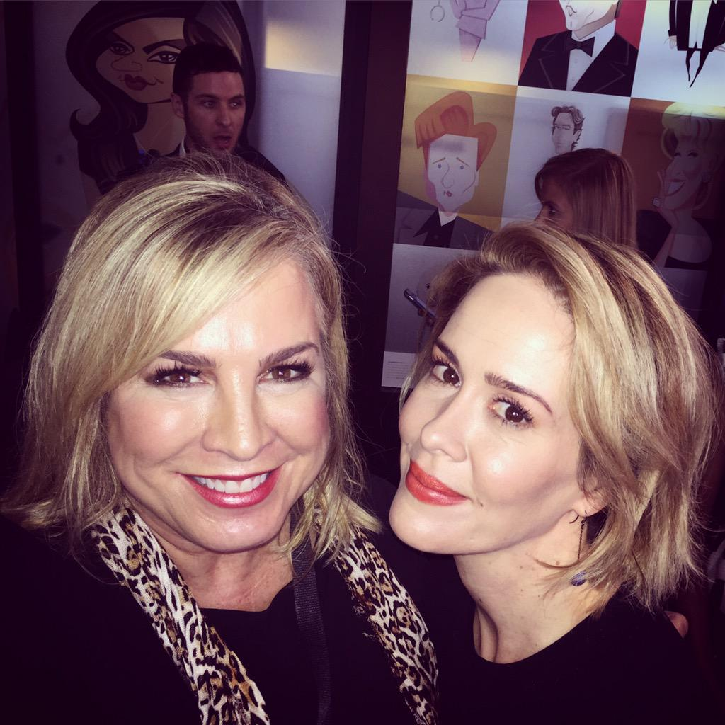Lovely to meet #Emmy nominee Sarah Paulson. She is a hoot & classy all at the same time.  @vfagenda #VFSC @wework http://t.co/JrbQk05kar