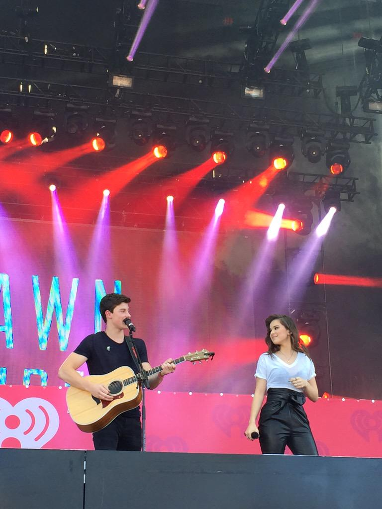 RT @iHeartRadio: How adorable are @ShawnMendes + @HaileeSteinfeld !!! 🌟💕🎤 #iHeartRadio #iHeartVillage http://t.co/4ugXN0BSyZ