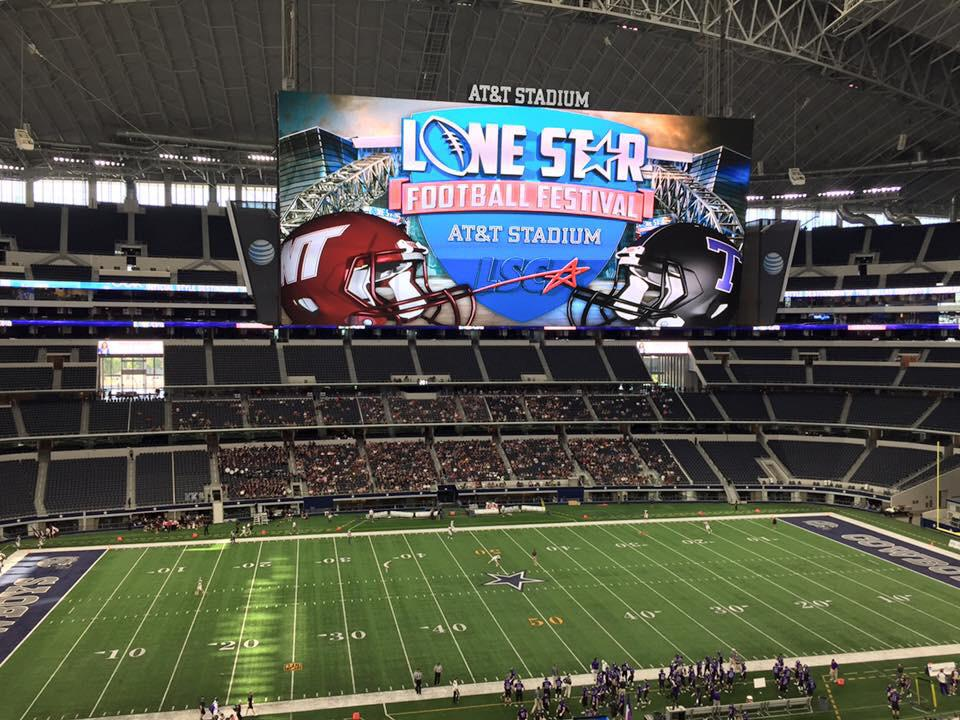 ANOTHER GREAT NIGHT TO BE A BUFF! WT beats Tarleton 52-38 at AT&T Stadium in Dallas. #GoBuffsGo http://t.co/6fWw7gmz9U