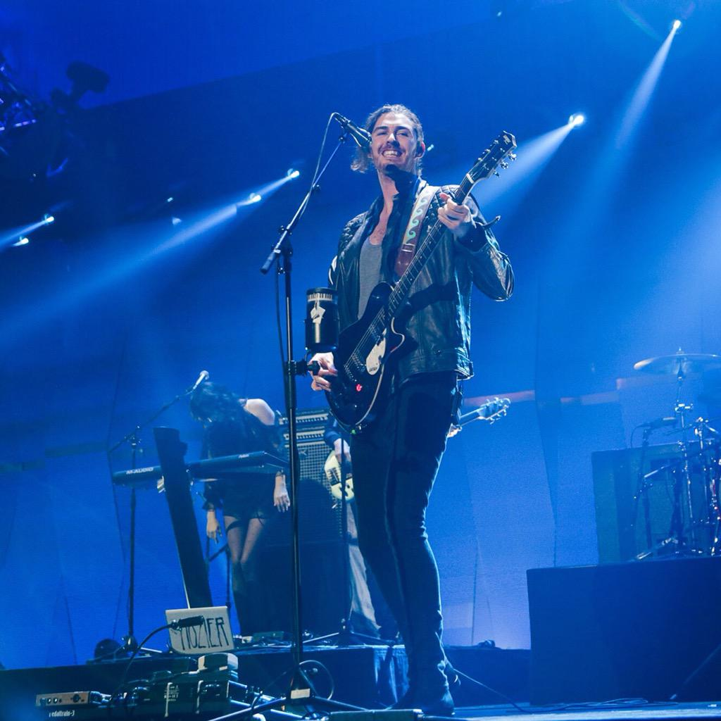 Did you see @Hozier's awesome performance? #iHeartRadio http://t.co/pIIXk6LxJd
