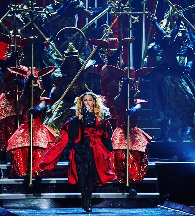 Bitch are you in my Gang? ❤️ #rebelheartour http://t.co/dcWgymBqjZ