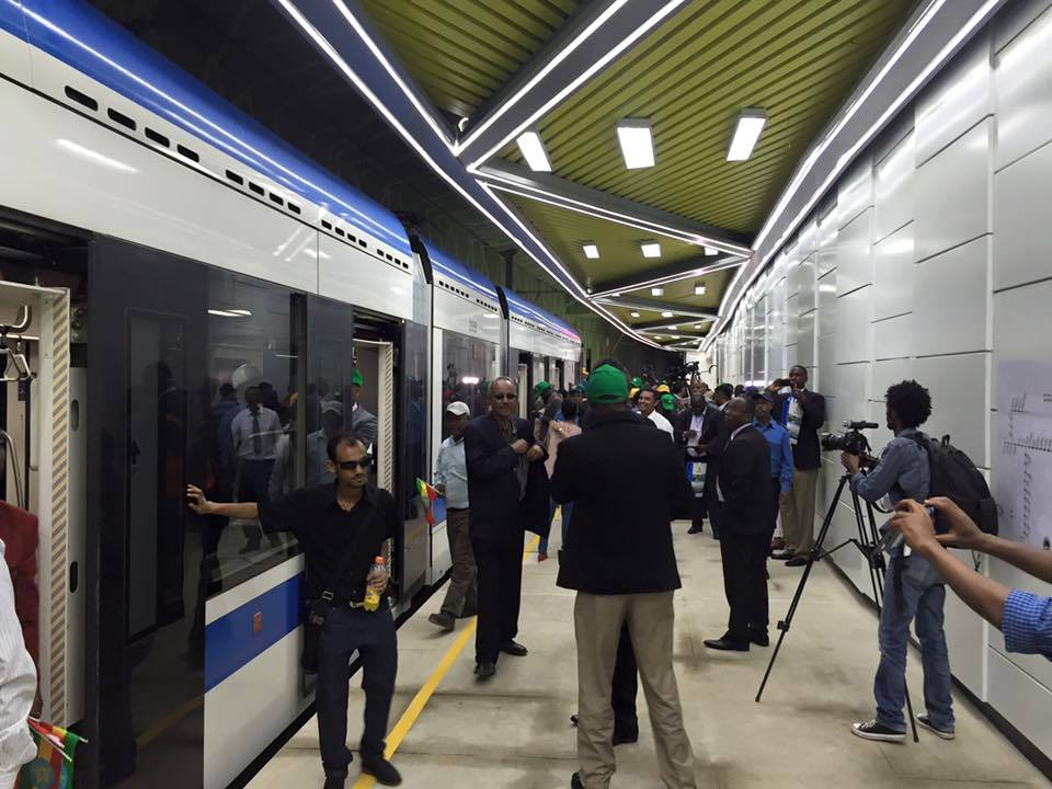 Addis Ababa light rail launched in the #Ethiopian capital today. The 39-station project started in 2011. #Ethiopia http://t.co/sB9UeM3Bf6