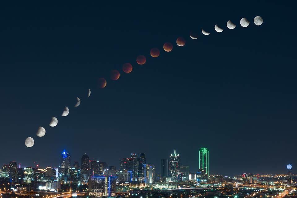 Really cool time lapse of the moon last night over Dallas, Texas!   Photo credit: Mike Mezeul http://t.co/Nj0rzIWFnX