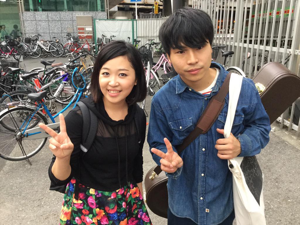 ayana 初ストリート@梅田 Powered by S-ASP 定刻より早めに終了しました!  10/19(月)@OSAKA MUSE 1st single「手と手」レコ発 ぜひご来場ください。  @ayana_723 http://t.co/cXfL7xTqbv