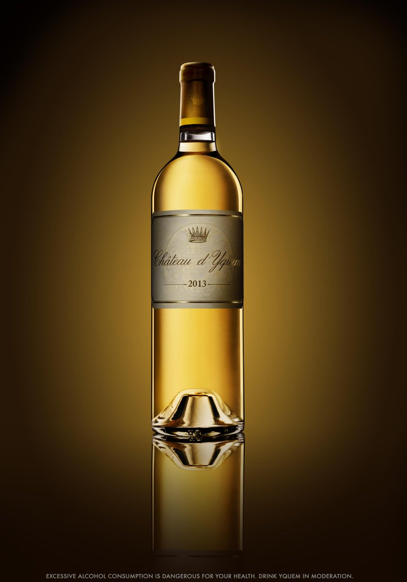 [RELEASE] Château d'Yquem 2013, the wine of the vintage, as of today in the spotlight. #Yquem2013 http://t.co/jroFEbU0xw