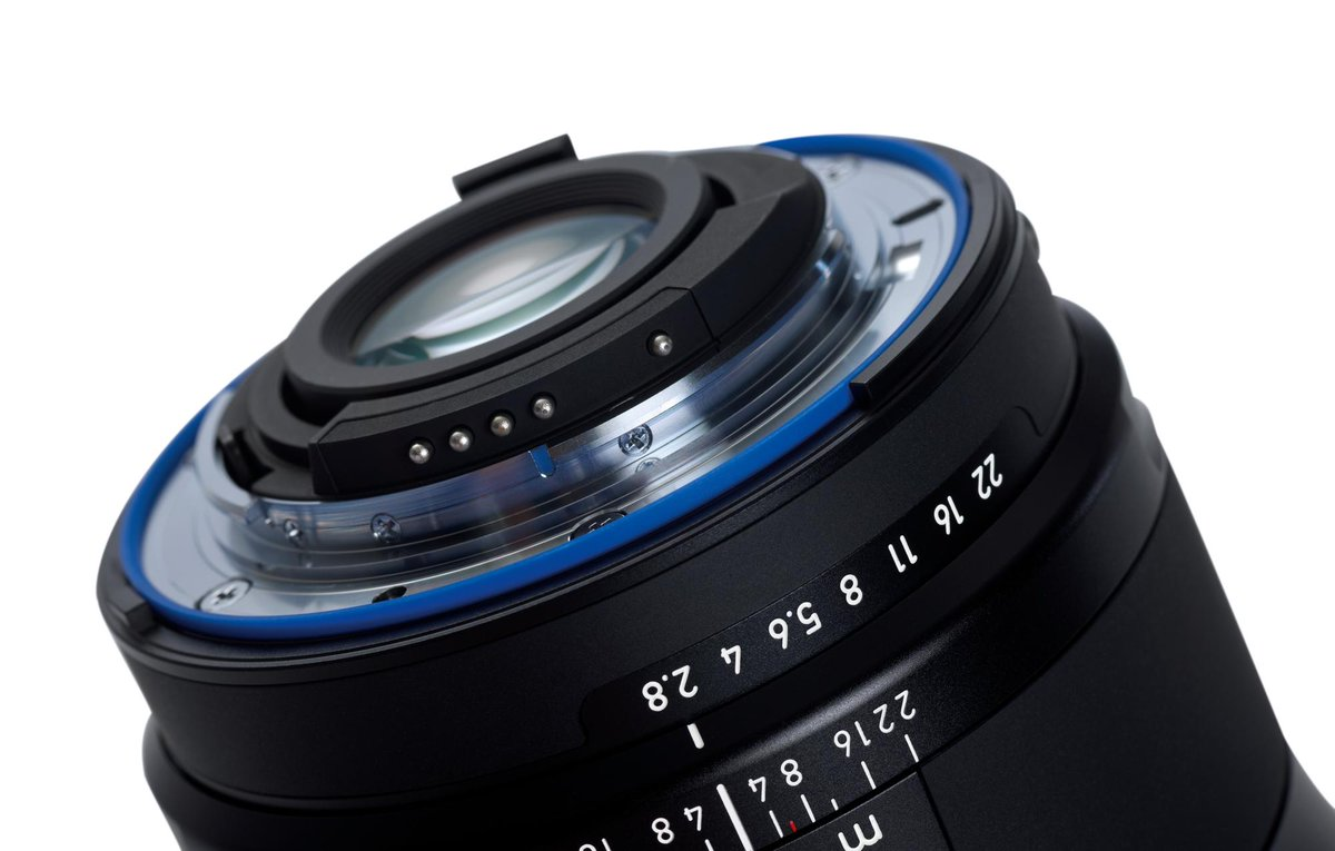 Another great feature of our ZEISS Milvus lenses: protection against dust and spray water >> http://t.co/pbbm1LwGns http://t.co/mmBZ3RVklq