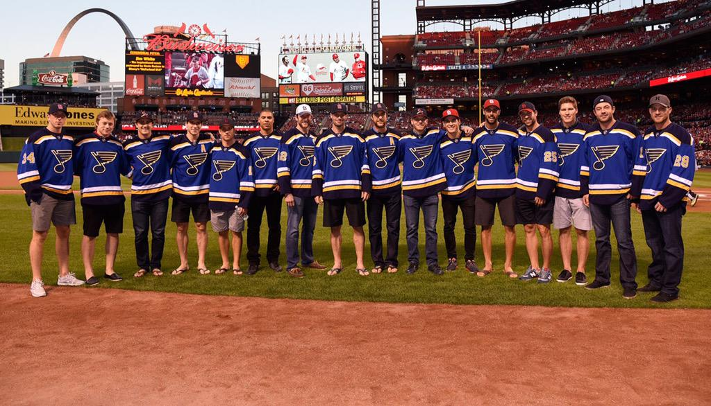 We had a blast at tonight's @Cardinals game. Thanks for having us. #TeamSTL http://t.co/BIRaO1ndQJ