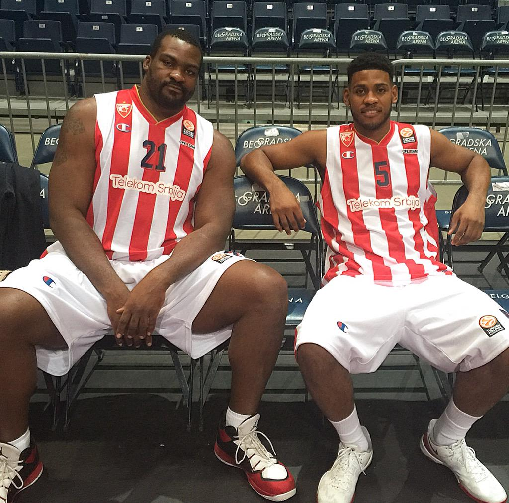 Chillin Wit The Big Homie Sofo! @kkcrvenazvezda #EuroLeague #MediaDay2015 http://t.co/EjshRSed2L