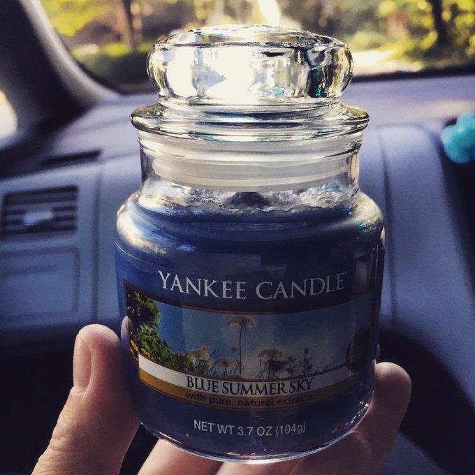 いい香り〜Yankee candleいい香り多すぎてもっといろいろ欲しいなあヽ(;▽;)ノ♡ http://t.co/9jb2Kdkloy