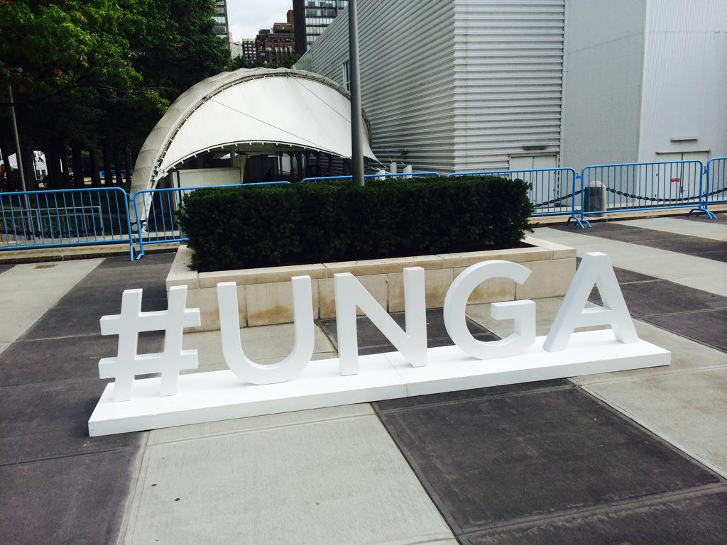RT @SaldanhaVP: Follow #global #leaders @UN. Join online discussion w #UNGA hashtag http://t.co/DZZcX4tMoA http://t.co/Q8ucfnl5P5 @UNAIDS @…