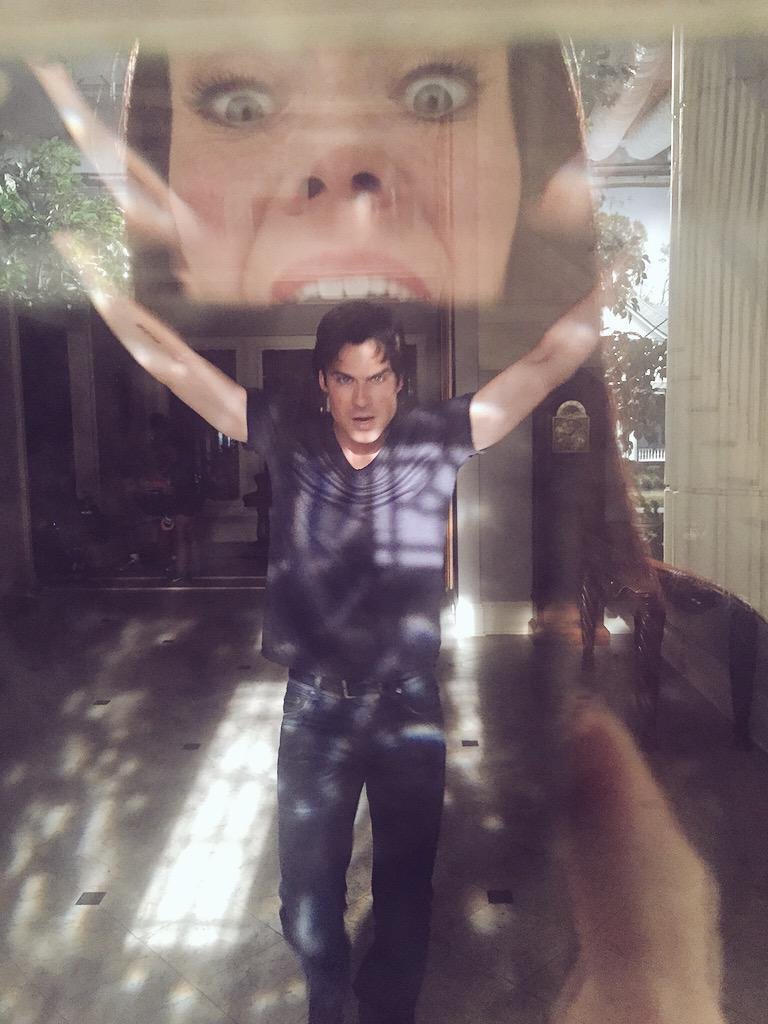 Knock knock. Who's there? This guy!  @iansomerhalder  #Chomp #tvd http://t.co/2NqJibrduc