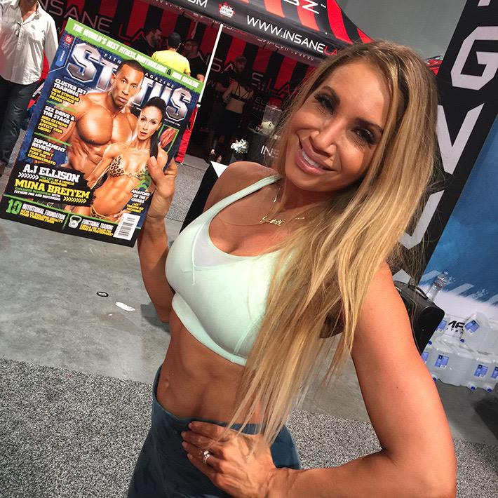 Lyzabeth Lopez checking out Status Fitness at the Olympia on Friday. Our expo coverage: http://t.co/sgKGwvDs6y http://t.co/FN1duZTdwu