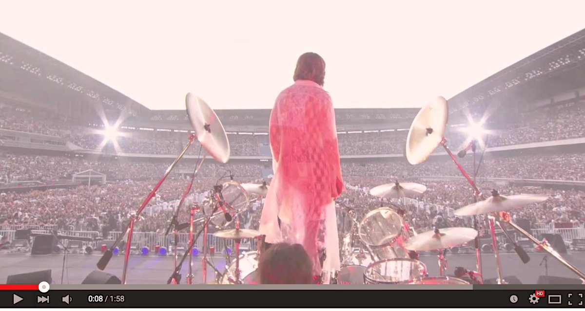 http://twitter.com/YoshikiOfficial/status/646570126402318336/photo/1