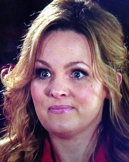 Really hoping tonight's #CorrieLive produces such a magical moment like Eastenders Live did. #HowsAdam http://t.co/26504s4x2r