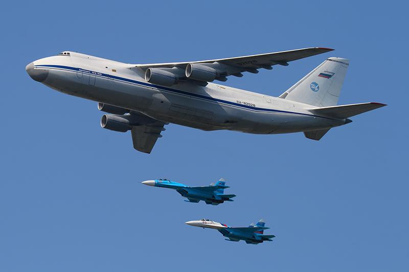 Here's how the Russian Air Force moved 28 aircraft to Syria (almost) undetected http://t.co/8Fcw8ovV3o http://t.co/ks3hWtNdQZ