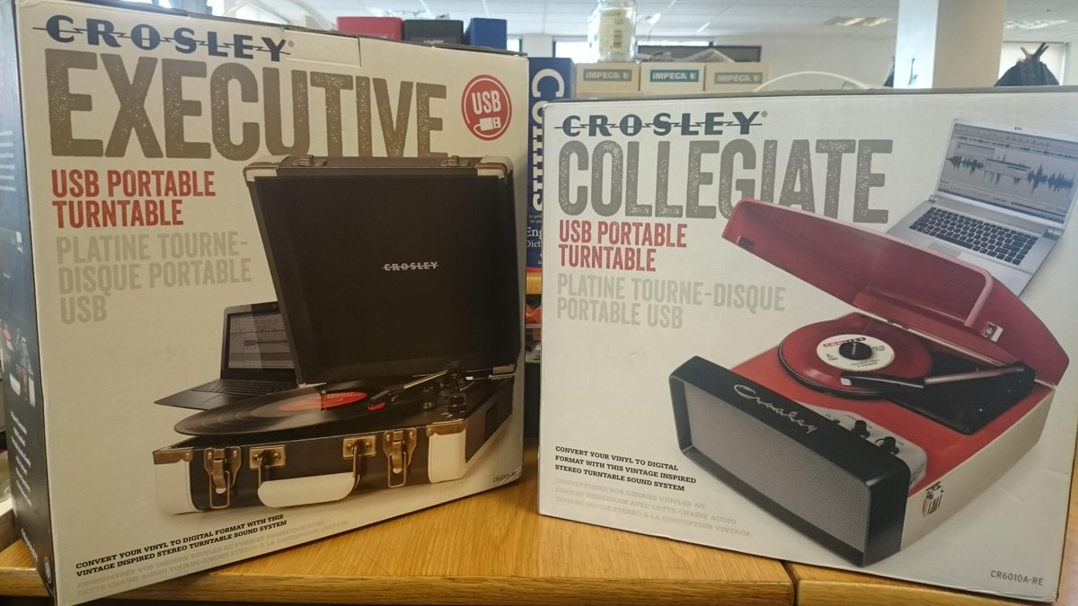 Want to win one of these @CrosleyRadio turntables? We've got two to give away. Just RT and follow us to enter! #comp http://t.co/uvkxWN25WC