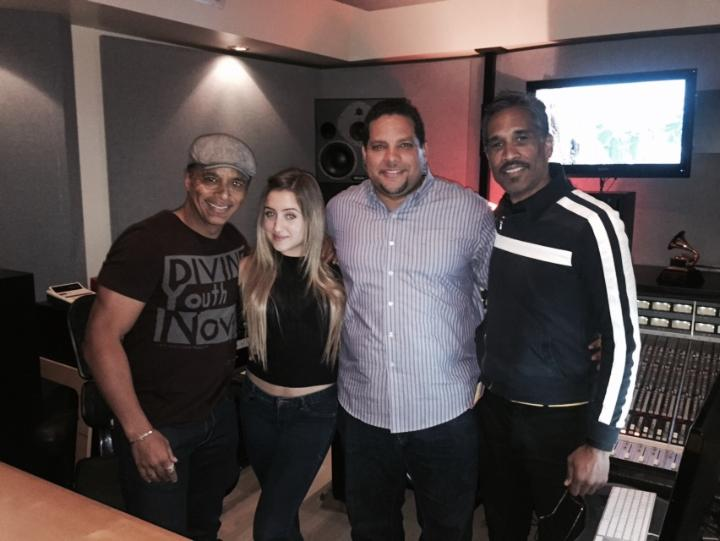 We are starting the musical  journey, ufff! @gabyborgestwit   Songwriting w/ @JonSecada #AQUOSNOFEAR http://t.co/0BMM2ikZZ2