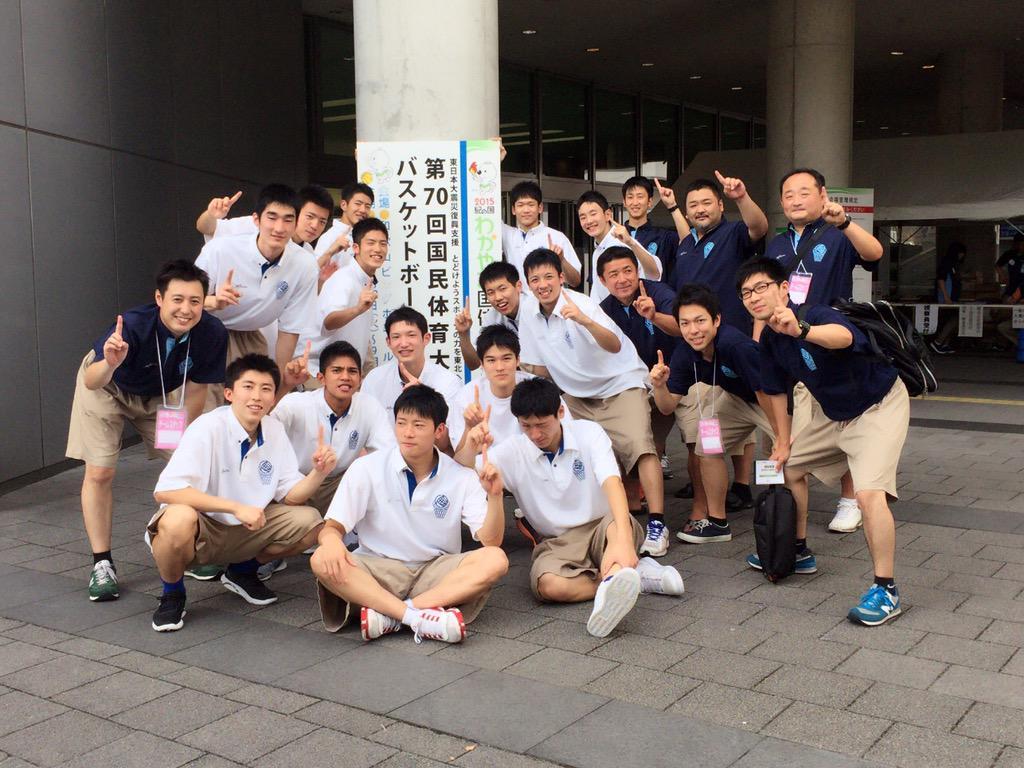 昭和52年の土浦日大三冠以来の茨城優勝でした。ちなみに豊文コーチが生まれた年(笑) http://t.co/ijRG6eDKdF